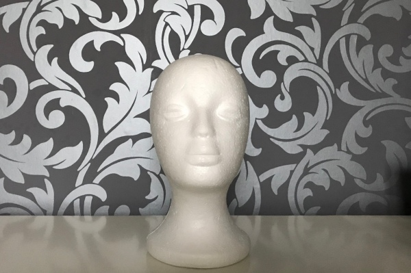 Polystyrene head wig stand